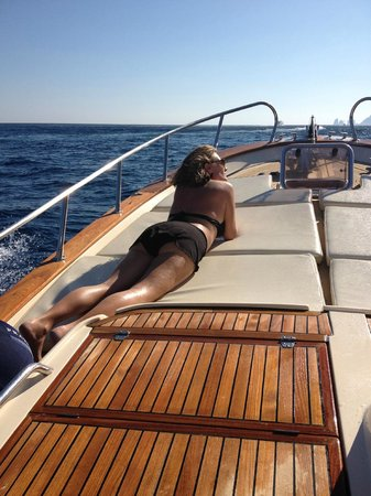 Nicanto Day Tours:                   The best seat on the boat!