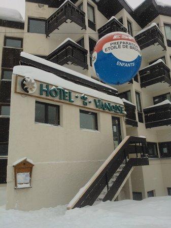 Hotel Vanoise :                   Entrée côté pistes