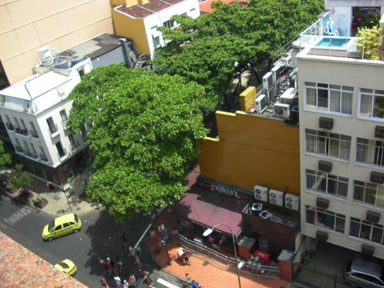 Ipanema Plaza Hotel:                   View down on Farme from room