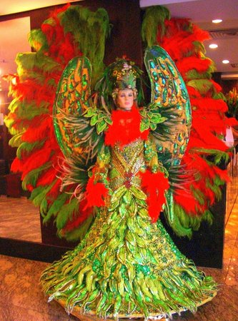 Golden Tulip Ipanema Plaza:                   Lobby Display for Carnival