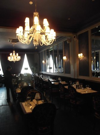 Residence Restaurant and Bar:                                     The dining room