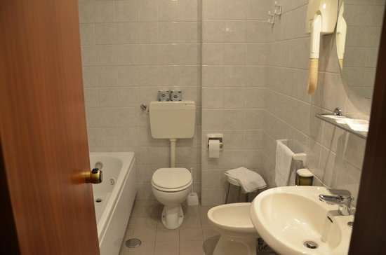 Hotel Barsotti:                   bagno