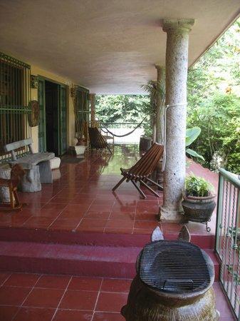 Casa Hamaca Guesthouse:                   Front porch