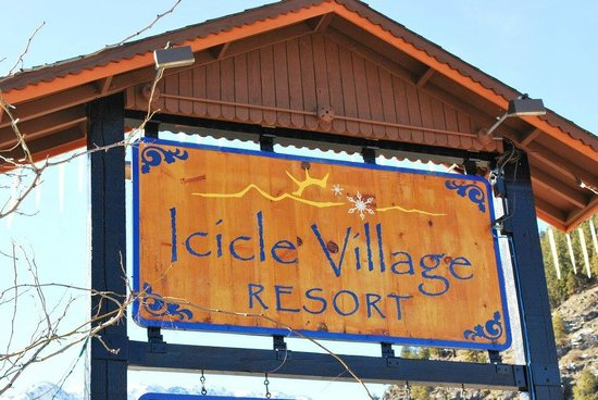 Icicle Inn at Icicle Village Resort:                   Hotel