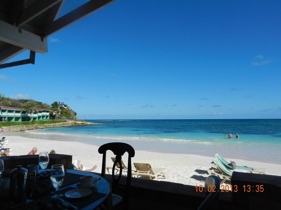 Pineapple Beach Club Antigua:                   View from dining table.