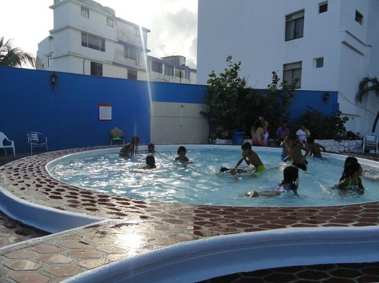 Hotel Blue Tone:                                                       Piscina de niños