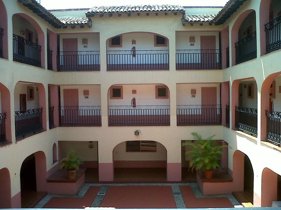 Villas Vallarta by Canto del Sol: The halls