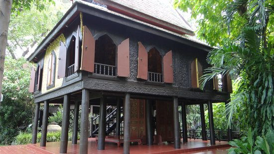 Suan Pakkad Palace Museum:                   the Lacquer Pavilion - even more beautiful inside