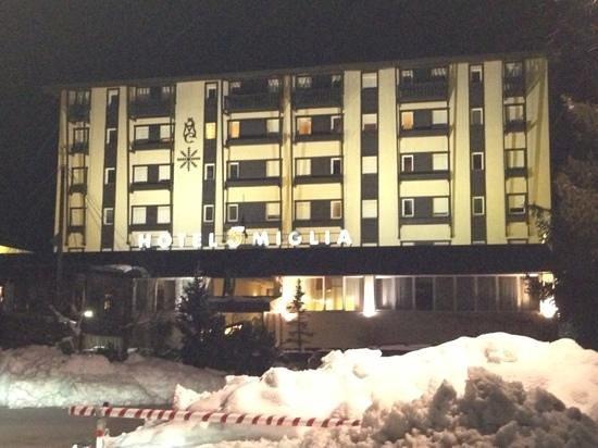 Hotel 5 Miglia:                   bellissimo fuori e dentro!
