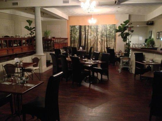 O'Gradys Gastro Bar and Grill:                                     Gastro Bar & Grill