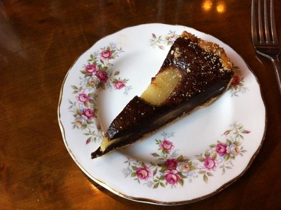 Where Memories Meet: tasty pear and chocolate tart