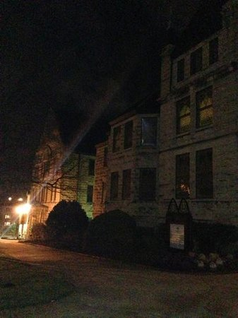 Ghost Hunters of Asheville:                   great tour