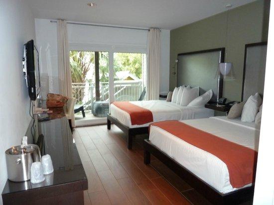 Truman Hotel:                   room