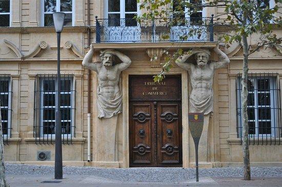 Tour Designer in Provence Private Tours:                                     Aix