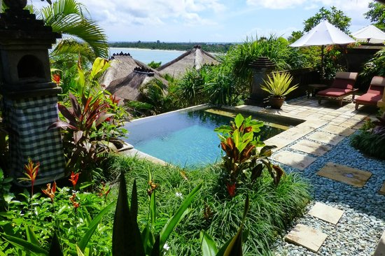 Four Seasons Resort Bali at Jimbaran Bay:                   Outside the private villa