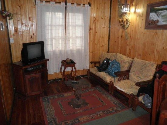 Petit Hotel Si Mi Capitan: Living bungalow
