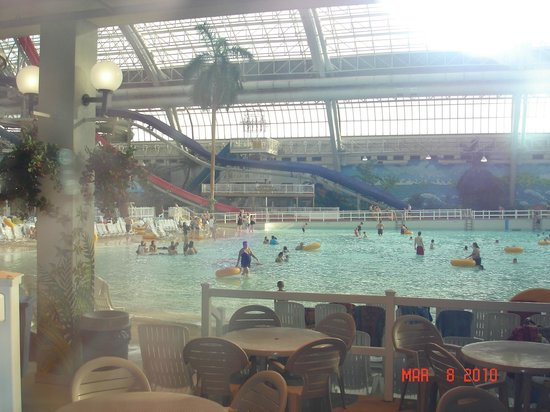 ‪‪West Edmonton Mall‬: West Edmonton Mall  Indoor Pool‬