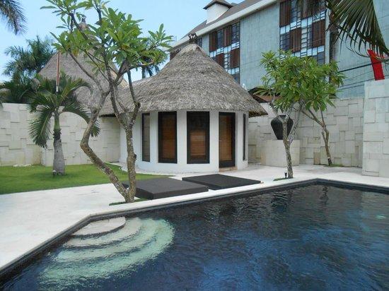 bvilla + Seaside:                   One of the double villas