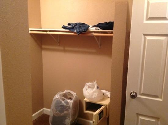 ليجاسي فاكيشن كلوب - ستيمبوت هيلتوب:                   One Bedroom Closet                 