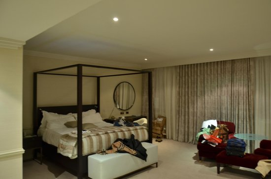 The Westbury: The bed
