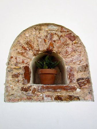 Casa del Horno: Exterior Decoration on Balcony