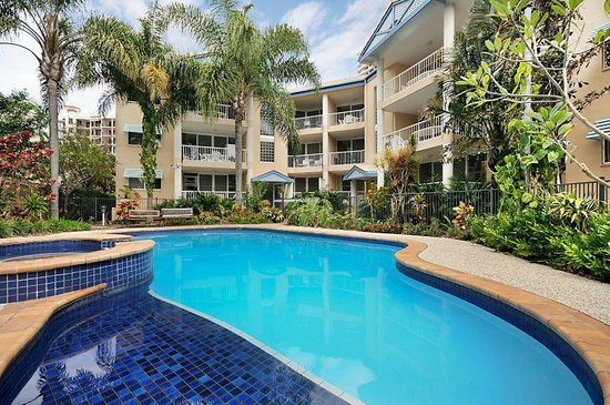 Surfers Beach Holiday Apartments: 2018 Prices & Reviews ...