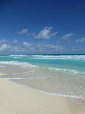 Golden Parnassus All Inclusive Resort & Spa Cancun:                   Everday...bliss..