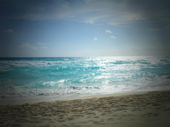 Golden Parnassus All Inclusive Resort & Spa Cancun:                   Everyday....:)