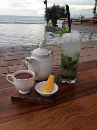 mojito and prohibition iced tea - Picture of Potato Head Beach Club ...
