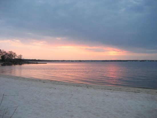 Cattus Island County Park: Sunset on the sandy beach at the tip of the park