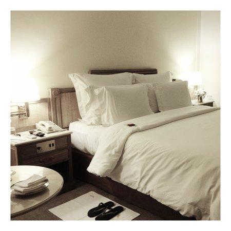 L'Hotel PortoBay Sao Paulo:                   O quarto da suíte 94 é amplo e de extremo bom gosto