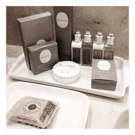 L'Hotel PortoBay Sao Paulo:                   Os amenities de banho são L'Occitane