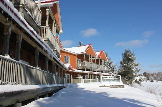Whitestone Lake Resort:                   The hotel
