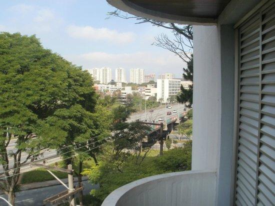 PalmLeaf Residence: Vista del centro comercial de Sao Bernardo.