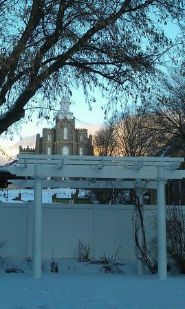 Seasons at the Riter Mansion: Temple View from backyard