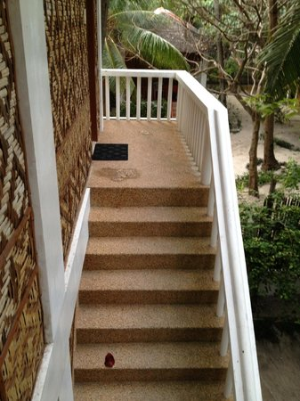Malapascua Exotic Island Dive & Beach Resort:                   Stairway to our room