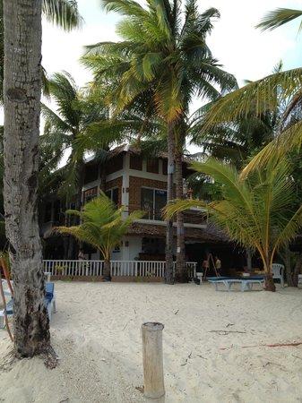 Malapascua Exotic Island Dive & Beach Resort:                   The resort from the beach                 