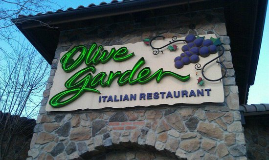 WHO COULD POSSIBLY BEAT THE OLIVE GARDEN? - Review of Olive Garden ...