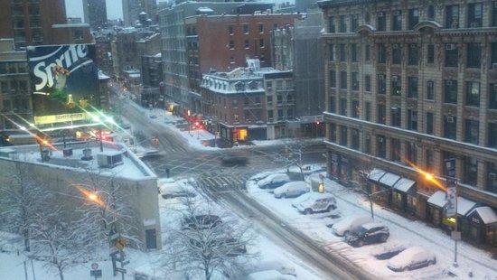 Hilton Garden Inn New York/Tribeca:                   Room with view