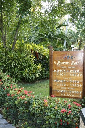 Grand Paradise Samana:                   Hotel Signs
