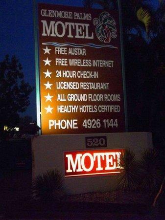 Glenmore Palms Motel Entrance