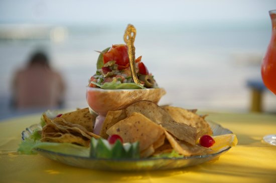 Tropical Paradise Hotel: Conch Ceviche