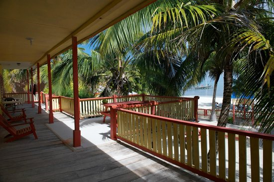The Tropics Hotel : Balcony / Deck