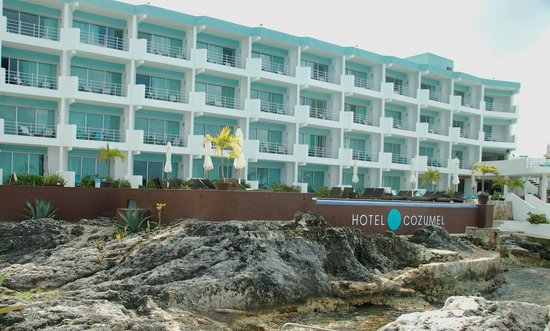 Hotel B Cozumel:                   Mid-Century Modern