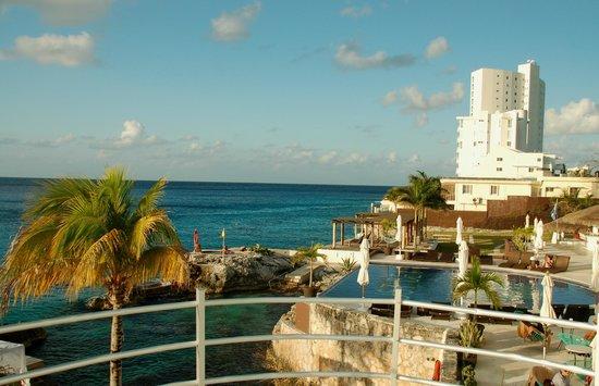Hotel B Cozumel:                   Waterfront