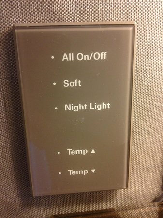 Grand Hyatt New York:                   Touch Sensor light switches bedside