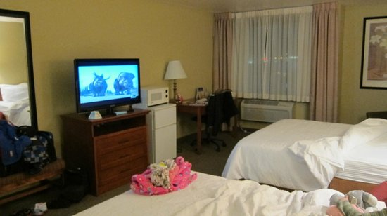 BEST WESTERN PLUS Skagit Valley Inn And Convention Center:                   Double Queen Guestroom