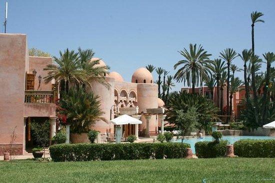 Palais Mehdi :                   Le Palais côté jardin