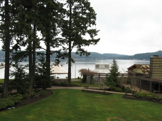 Alderbrook Resort & Spa:                   The next day without the fog.