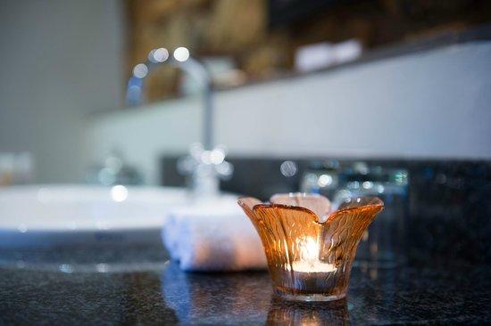 Fordoun Spa Hotel Restaurant: Deluxe Suite Bathroom